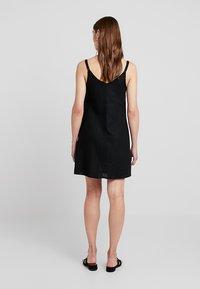 Cotton On - MARGOT SLIP DRESS - Robe chemise - black - 2