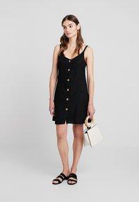 Cotton On - MARGOT SLIP DRESS - Robe chemise - black - 1
