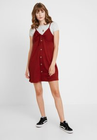 Cotton On - TIE FRONT MINI DRESS - Robe en jersey - rustic red - 1