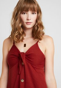 Cotton On - TIE FRONT MINI DRESS - Robe en jersey - rustic red - 3