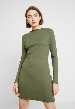 GRACE HIGH NECK LONG SLEEVE MINI DRESS - Pouzdrové šaty - soft khaki