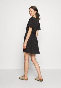 Cotton On - WILLOW TEA DRESS - Denní šaty - black - 2