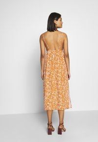 Cotton On - WOVEN VERONICA DRESS - Day dress - millie glazed ginger - 2