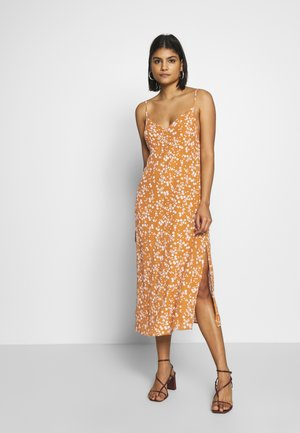 WOVEN VERONICA DRESS - Kjole - millie glazed ginger