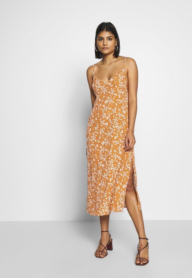 WOVEN VERONICA DRESS - Day dress - millie glazed ginger