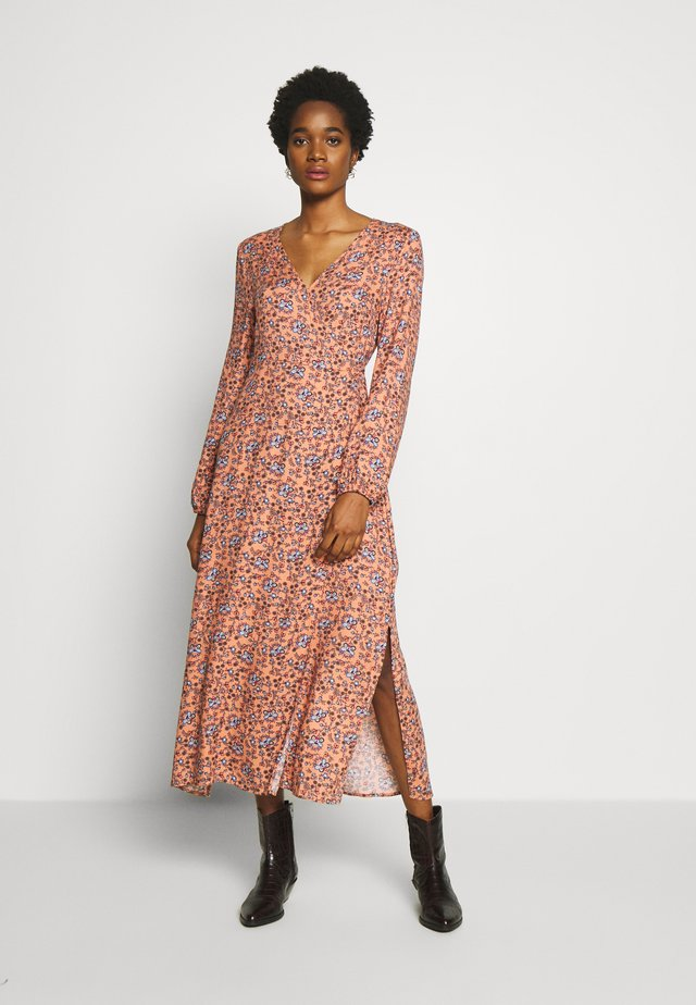 WRAP LONG SLEEVE MIDI DRESS - Day dress - luna rust