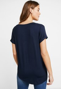 Cotton On - KARLY SLEEVE V NECK - T-shirts - moonlight - 2