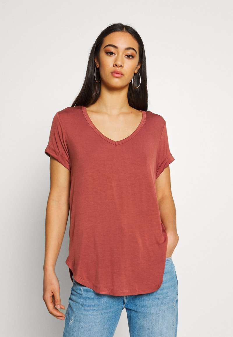 Cotton On - KARLY SLEEVE V NECK - T-shirts - mahogany