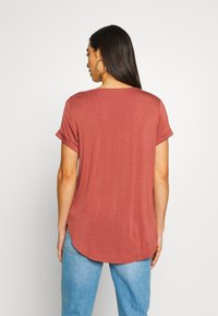Cotton On - KARLY SLEEVE V NECK - T-shirts - mahogany - 2