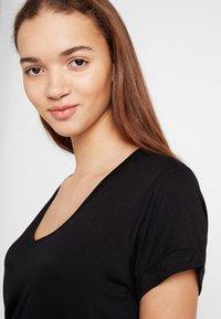 Cotton On - KARLY SLEEVE V NECK - T-shirt basic - black - 3