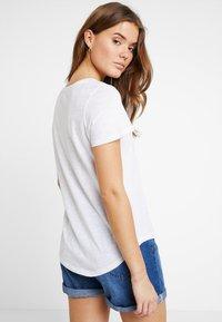 Cotton On - THE CREW - Basic T-shirt - white - 2