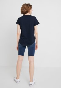 Cotton On - THE CREW - T-shirt basic - moonlight - 2