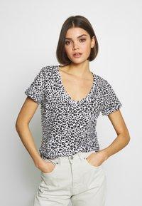 Cotton On - THE DEEP V - T-shirt basic - washed lilian grey marle - 0