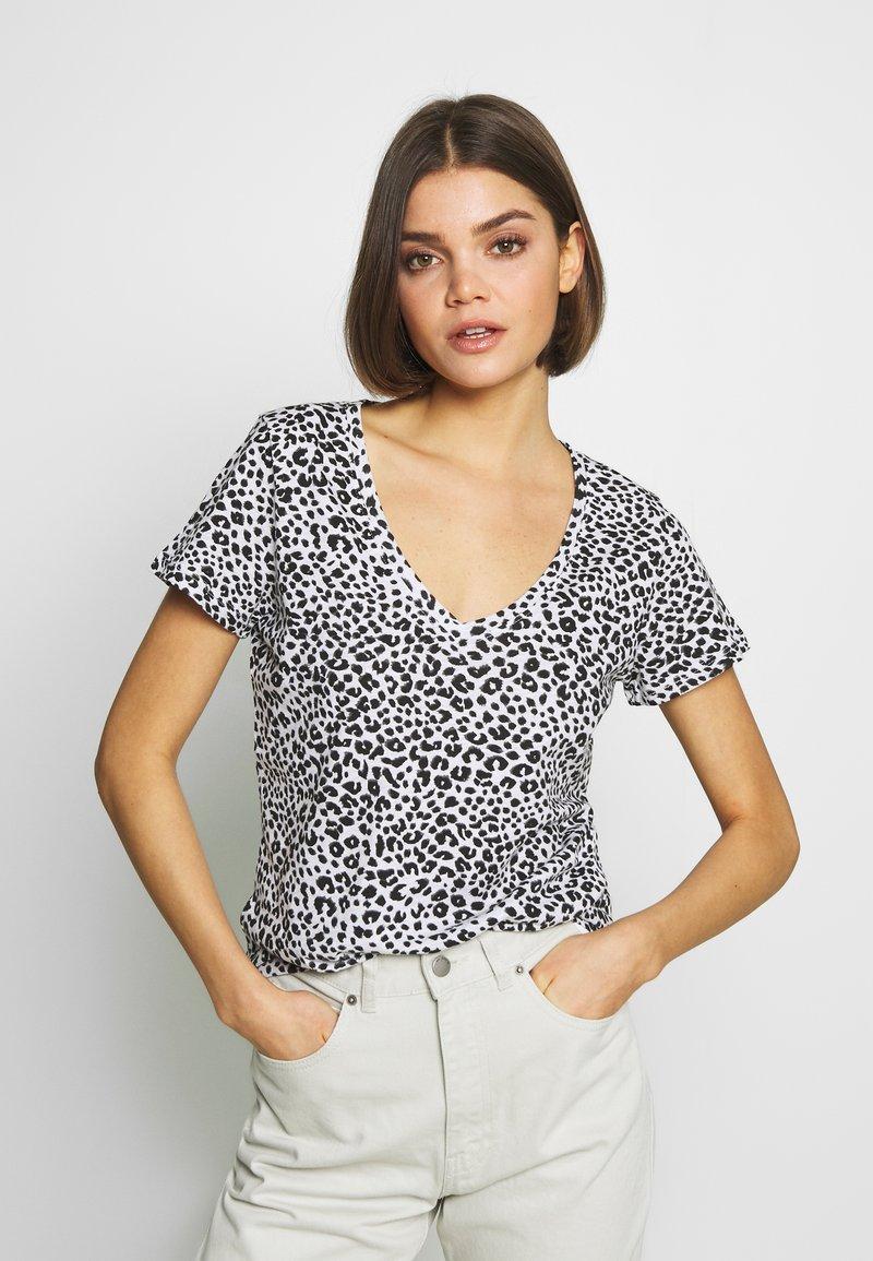 Cotton On - THE DEEP V - T-shirt basic - washed lilian grey marle