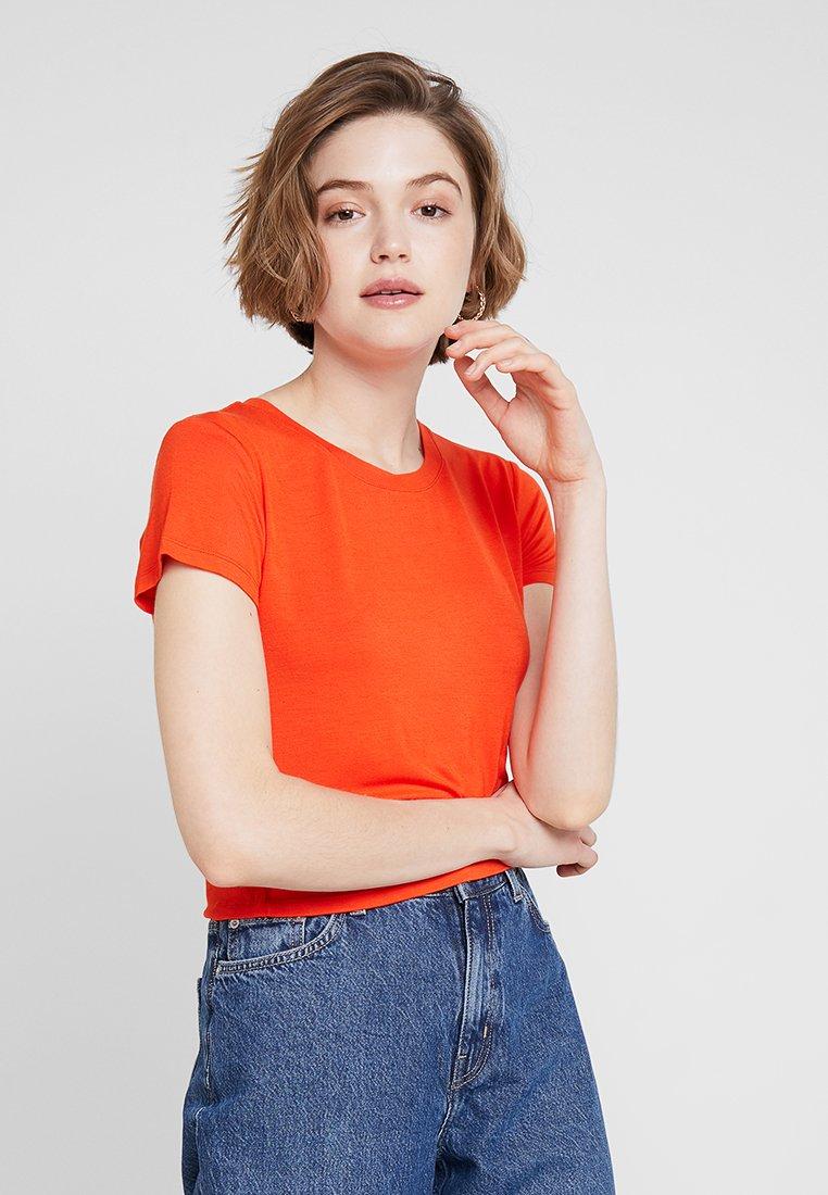 Cotton On - THE BABY TEE - T-Shirt print - cherry tomato