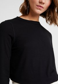 Cotton On - THE GIRLFRIEND LONG SLEEVE - Maglietta a manica lunga - black - 5