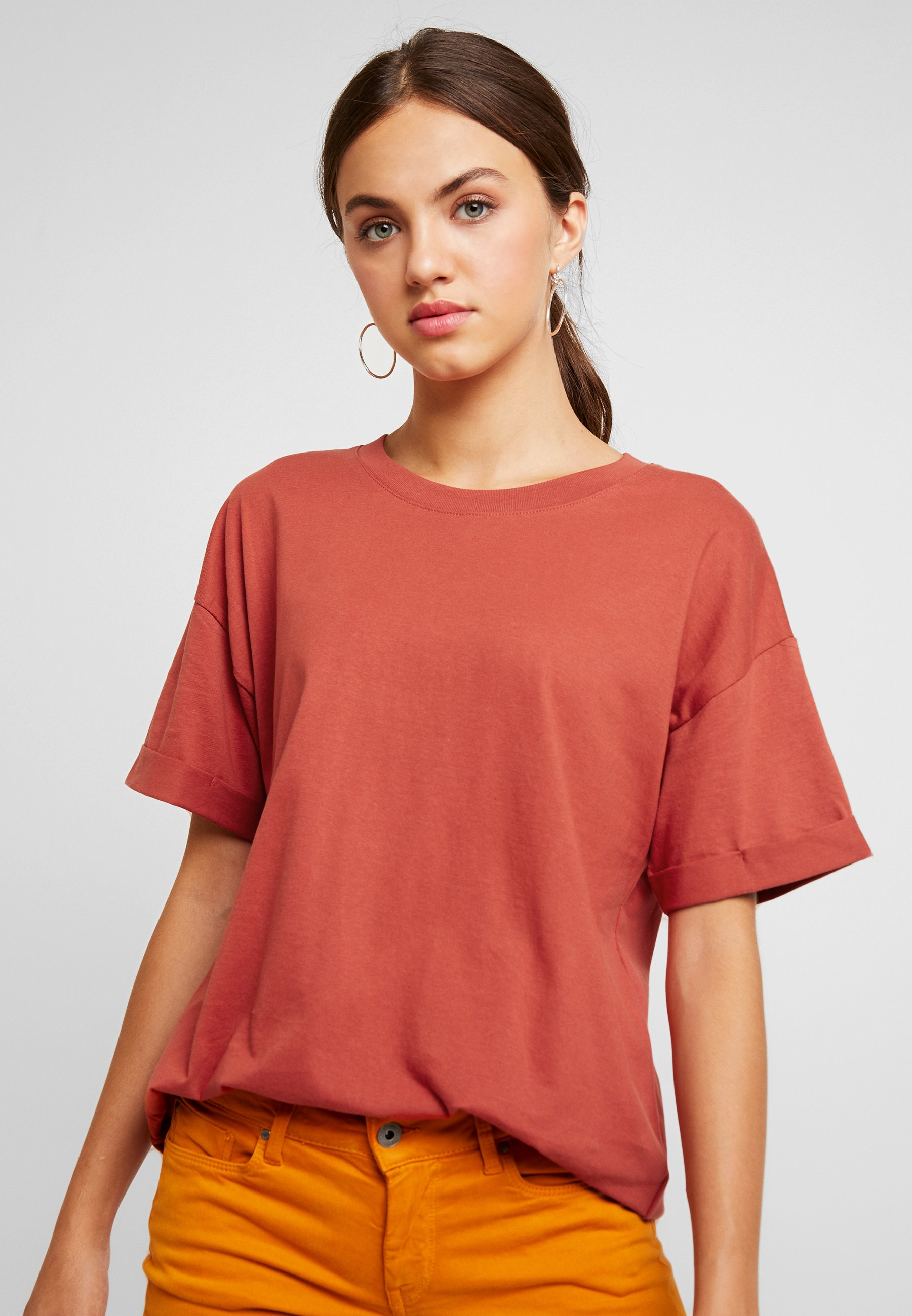 Relaxed TeeT The On Basique Red Cotton Rustic shirt Boyfriend u13lKcTFJ