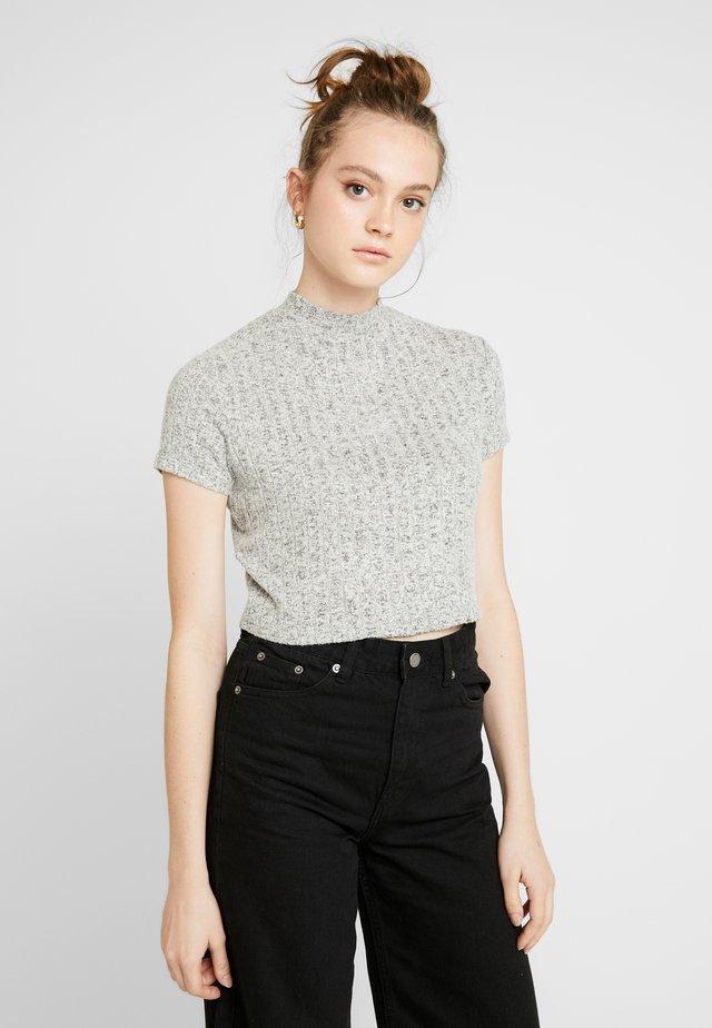 MOCK NECK TEXTURE SHORT SLEEVE - Print T-shirt - greys fleck