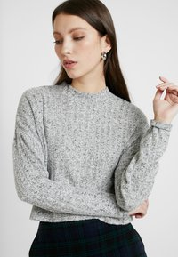 Cotton On - JASPER MOCK NECK TEXTURED LONG SLEEVE - Trui - grey