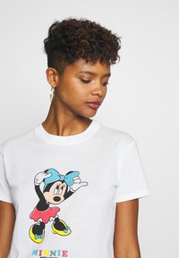Cotton On - CLASSIC DISNEY - Print T-shirt - off-white - 4