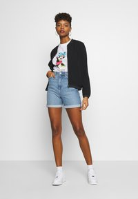 Cotton On - CLASSIC DISNEY - Print T-shirt - off-white - 1