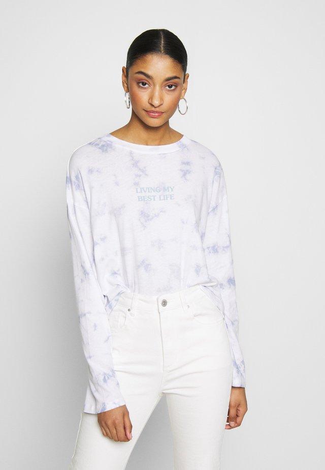 RELAXED FIT GRAPHIC LONG SLEEVE - Bluzka z długim rękawem - white/light blue