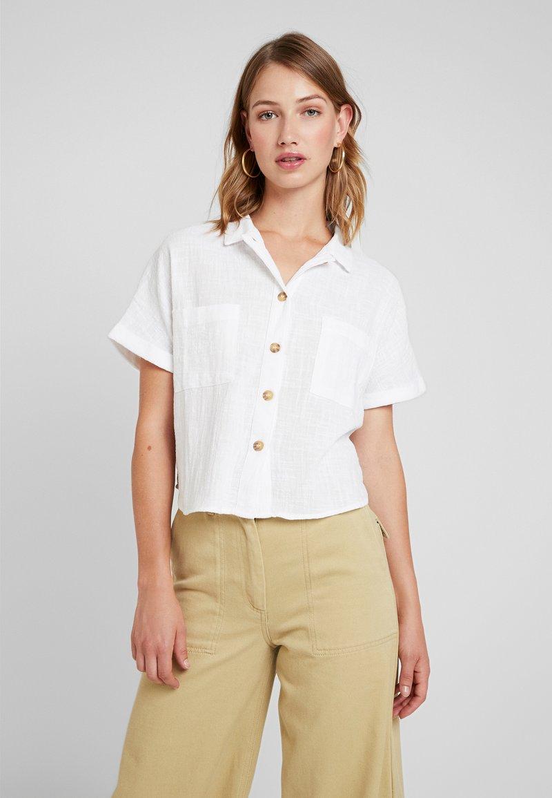 Cotton On - ERIN SHORT SLEEVE - Hemdbluse - white