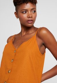 Cotton On - ALLIE BUTTON FRONT CAMI - Top - rust tan - 4