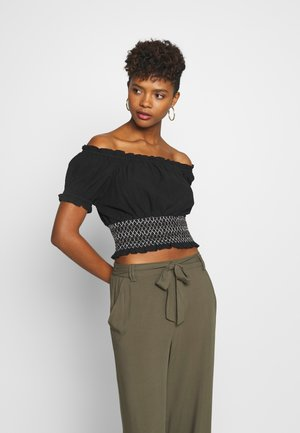 SUNSET SHIRRED OFF SHOULDER - Bluser - black