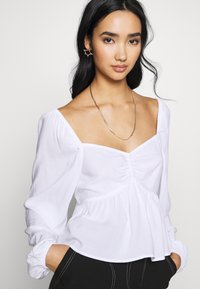 Cotton On - LONG SLEEVE BABYDOLL BLOUSE - Blouse - white - 3