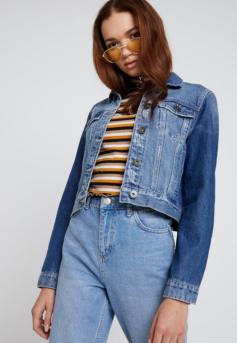 Cotton On - GIRLFRIEND JACKET - Kurtka jeansowa - new bright vintage