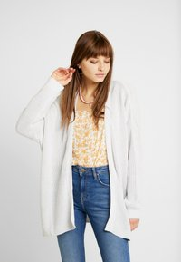 Cotton On - ARCHY CARDIGAN - Vest - windstream white twist - 0