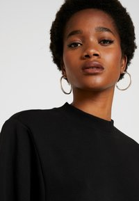 Cotton On - OVERSIZED DRAPEY CREW - Sudadera - black - 3