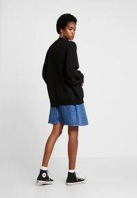 Cotton On - OVERSIZED DRAPEY CREW - Sudadera - black - 2