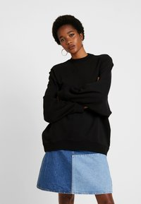Cotton On - OVERSIZED DRAPEY CREW - Sudadera - black - 0