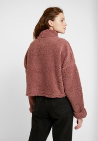 Cotton On - FUNNEL NECK TEDDY - Sweater - burlwood - 2
