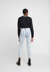 Cotton On - HIGH RISE GRAZER - Skinny džíny - soft blue acid - 2