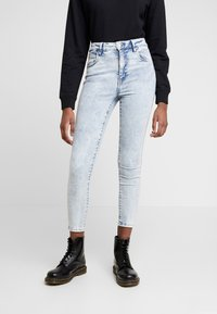 Cotton On - HIGH RISE GRAZER - Skinny džíny - soft blue acid - 0