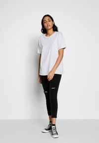 Cotton On - MID RISE GRAZER  - Skinny džíny - washed black - 1