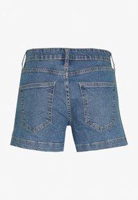 Cotton On - MID RISE CLASSIC STRETCH - Szorty jeansowe - blue - 1