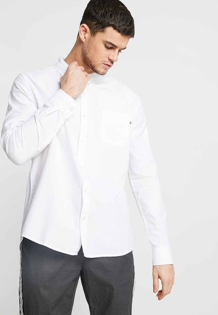 Cotton On - BRUNSWICK SLIM FIT - Koszula - white oxford