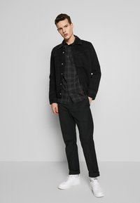 Cotton On - RUGGED LONG SLEEVE - Skjorte - black grey - 1