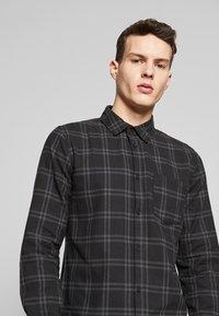 Cotton On - RUGGED LONG SLEEVE - Skjorte - black grey - 4