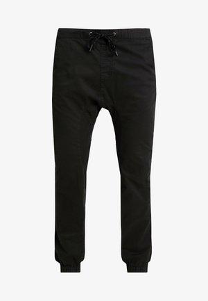 DRAKE CUFFED PANT - Kangashousut - true black