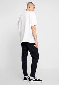 Cotton On - OXFORD TROUSER - Pantalon classique - navy green - 2