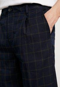 Cotton On - OXFORD TROUSER - Pantalon classique - navy green - 5