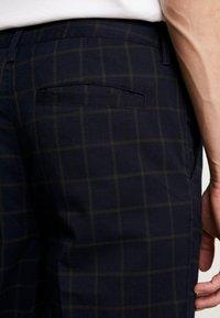 Cotton On - OXFORD TROUSER - Pantalon classique - navy green - 3