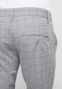 Cotton On - STRETCH CHECK - Broek - grey - 3