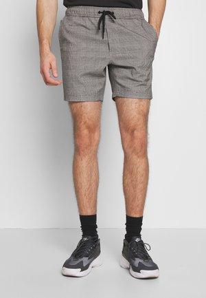 STREET VOLLEY - Shorts - black/white