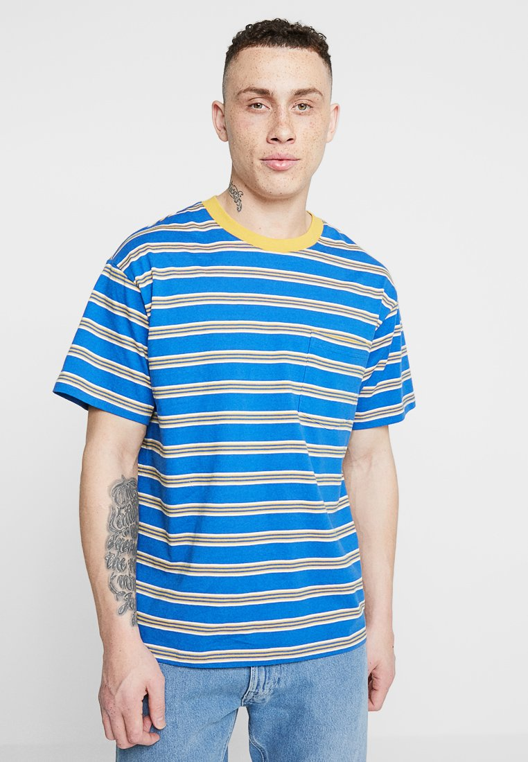 Cotton On - DYLAN TEE - Camiseta estampada - blue delight/golden rod/vintage white stripe